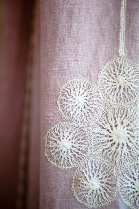 curtain_detail_snowflake